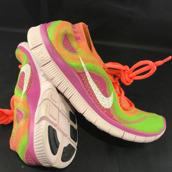 best sneakers 7e6b5 9433f Mint Nike Flyknit Free 5.0 Atomic Pink Elec Green